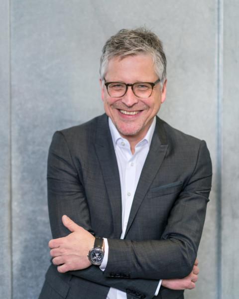 Dr. Bernd Heinrichs,    Advisor